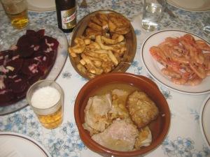 Remolacha,cervecita, pescaíto del freidor, filetitos y gambitas